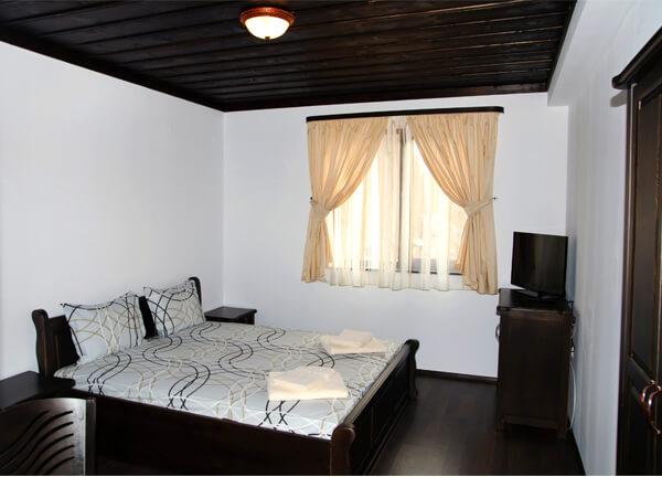Спалня в трета къща за гости
