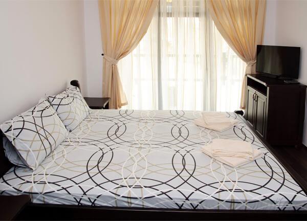 Спалня 1 в трета къща за гости