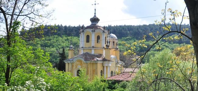 """Църквата в Мъглиж """"Свети Димитър"""""""