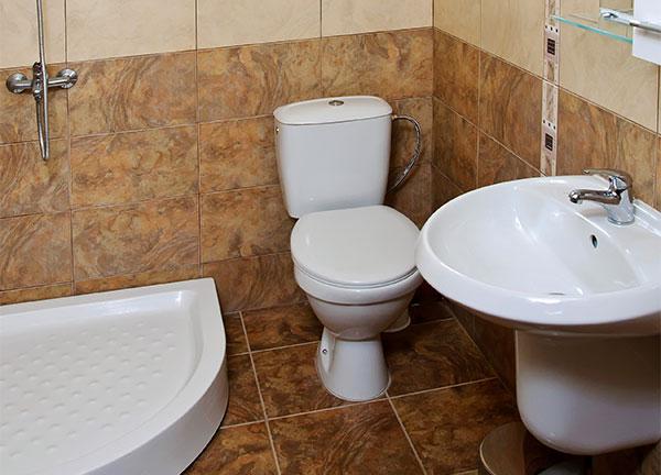 Баня и WC на 2-ри етаж